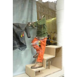 Escalier de présentation de produits pour vitrines